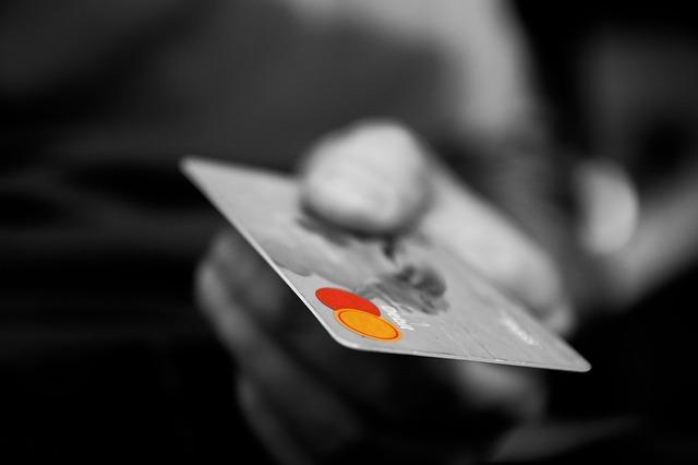 Срочный кредит с плохой кредитной историей и открытыми просрочками в спб